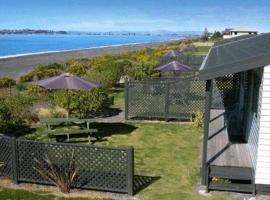 Napier Beach Kiwi Holiday Park and Motels, نابيير