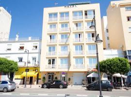 Hotel Mediterráneo, إِستيبونا