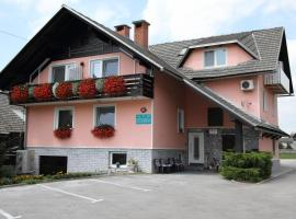 Rooms & Apartments Jana, Cerklje na Gorenjskem