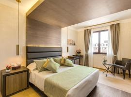 Warmthotel, רומא