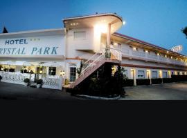 水晶公园酒店, 比纳罗斯