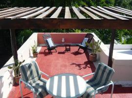 Eco Villa Maya with Roof Top Terrace, קנקון
