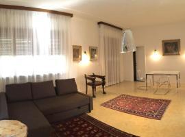 Villa Toscana 200, Bologna
