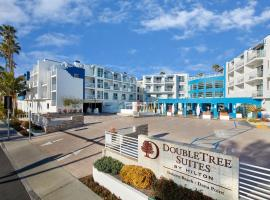 DoubleTree Suites by Hilton Doheny Beach, دانا بوينت