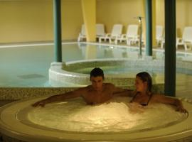 切尔沃港健康酒店, Lavarone