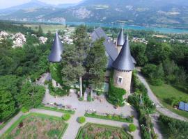 皮克塔城堡酒店