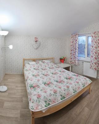 Guest House Scandi Gold