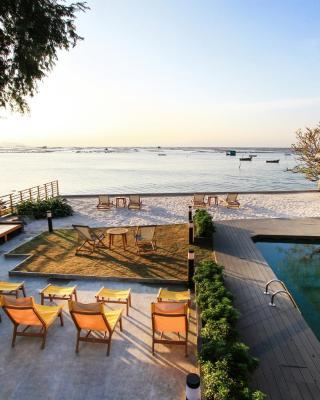 斯里拉卡海滨阳台服务公寓式酒店
