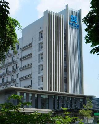 井里汶巴蒂科酒店