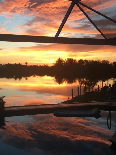 Lake View Villa