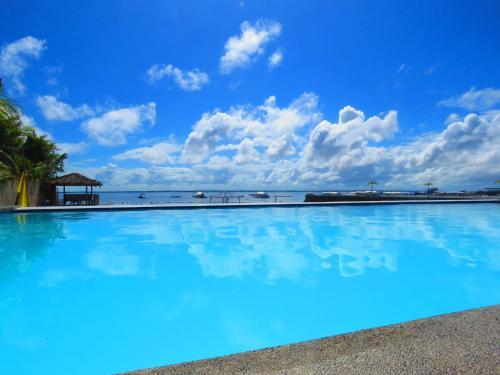 奥左拉海滨马丹度假屋