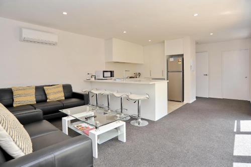 Madras Street Apartment 2 - Christchurch Holiday Homes