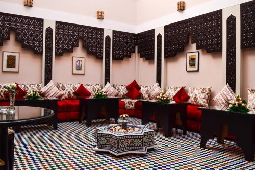 里亚德扎基旅馆