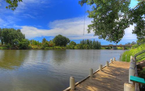 Bairnsdale Riverside Holiday Park