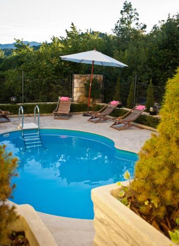 Villa Angeli 682