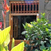 Casa Jardín de Moya