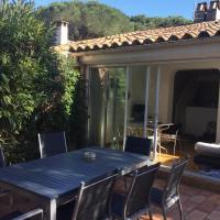 Mazet dans résidence avec piscine et tennis à Font Mourier