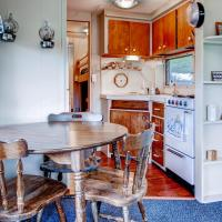 Kamp Koby Two-bedroom Holiday Home