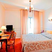 Inter-Hotel Paray le Monial Hostellerie Des Trois Pigeons