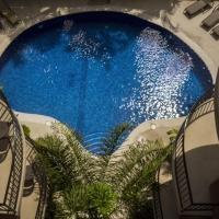 摩纳克哈科海滩公寓式酒店