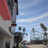 Carousel Beach Inn