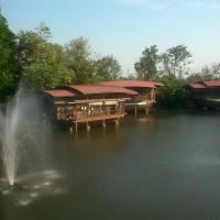 Momchailai River Retreat